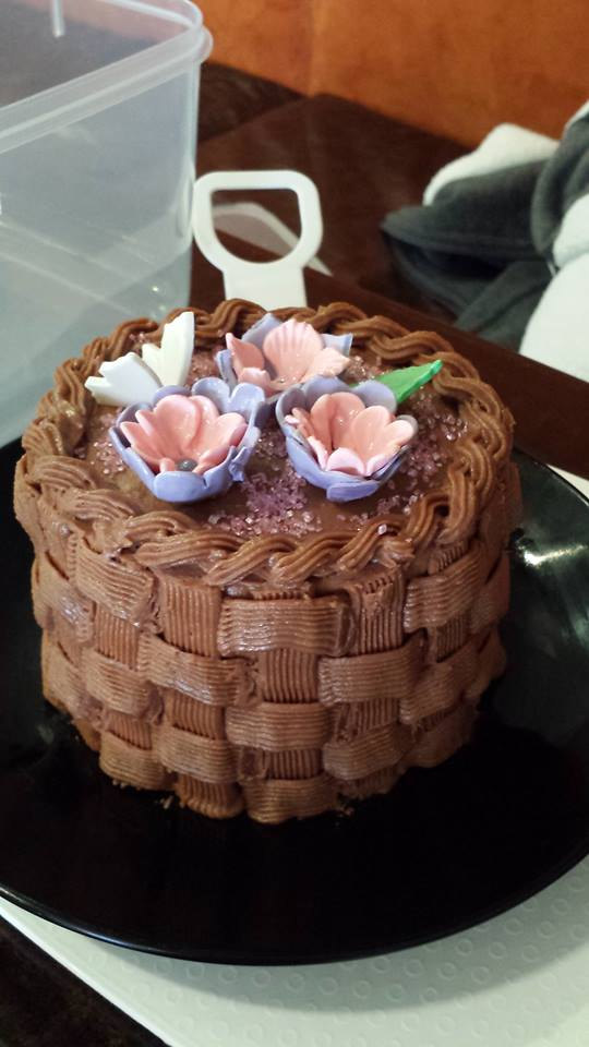 Basket design mini cake