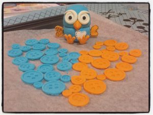 Hoot figurine and fondant buttons