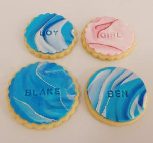 Personalised fondant sugar cookies